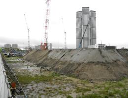 人工島・新こども病院建設工事現場