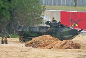 海兵隊の上陸用舟艇 (1)