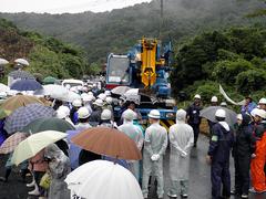 県庁職員を大量動員し住民弾圧のサムネール画像